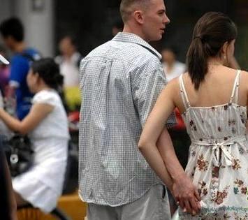 """移民中国梦:当国人不再有""""一定出去""""的念头"""