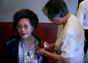 加州首位华裔女市长赵谭美生律师给史维会年会作报告:我们也是美国人