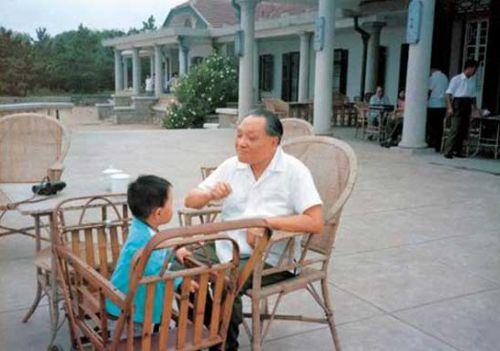 邓小平的孙子邓卓棣不选美国总统 太可惜了