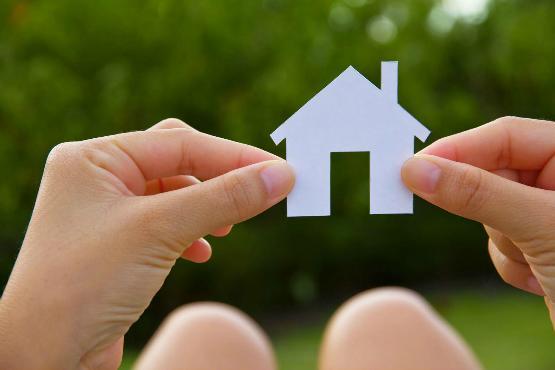 人在美国 买房好还是租房好