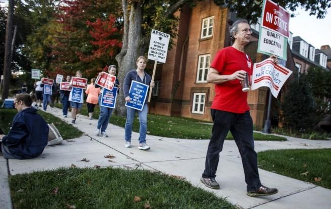 34年�硎状� 宾夕法尼亚14所州立大学教授联合罢工