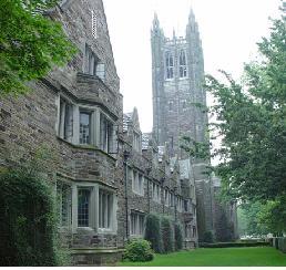 美国社区大学成中国学生进美国一流大学敲门砖