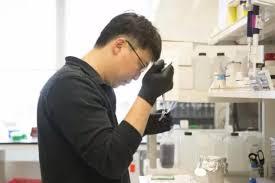 美国博德研究所华人科学家张锋:编辑RNA可治疗多种顽疾