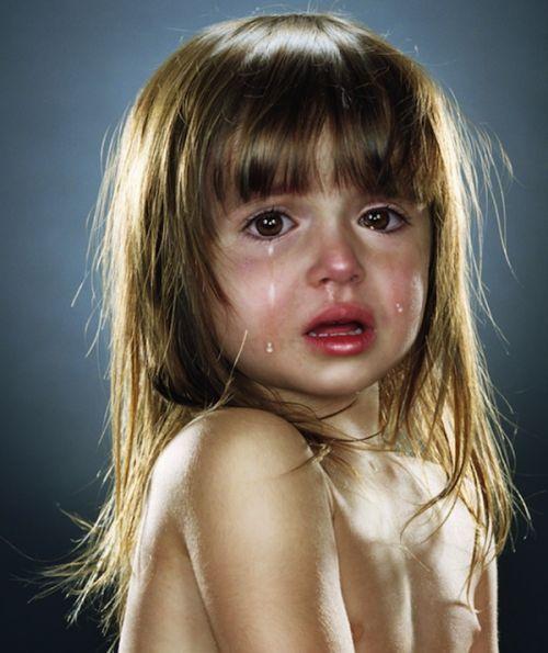 爱尔兰国立利莫瑞克大学贝纳尔研究所发现:眼泪可以发电