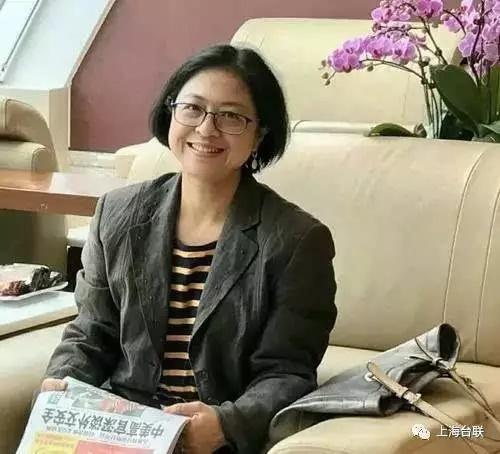 来自台湾高雄的巾帼女英:复旦大学外文学院副院长卢丽安
