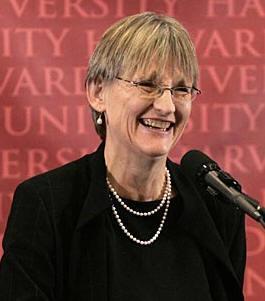 """哈佛校长福斯特:教育的目标是确保你能辨别""""有人在胡说八道"""""""