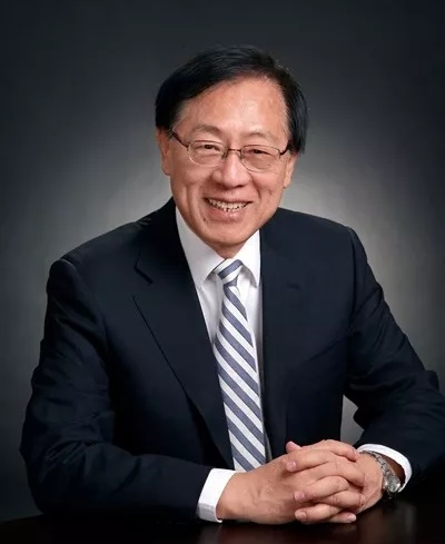与校长Jones在北京共祝University of Illinois 150周年校庆(11/30)