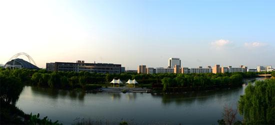2018上海工程技术大学诚聘海外英才