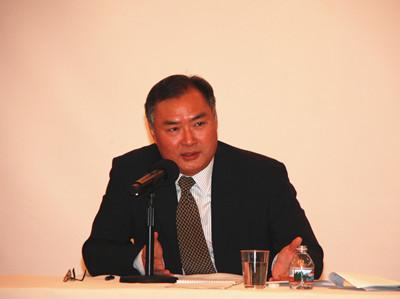 美国华裔教授专家网周天霓教授出席张平大使举办的科技专业团体代表座谈会