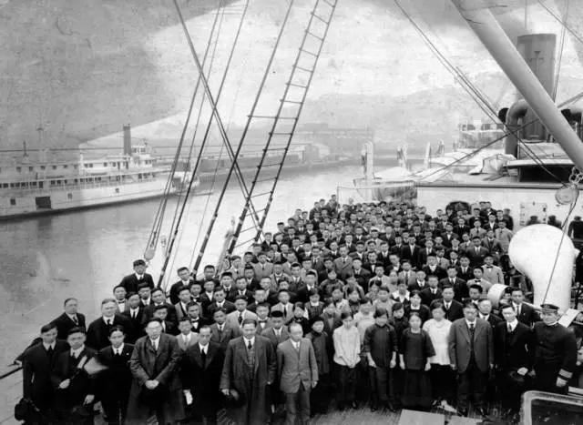 冲破历史的坚冰:中美建交前后华裔美籍学者的特殊贡献