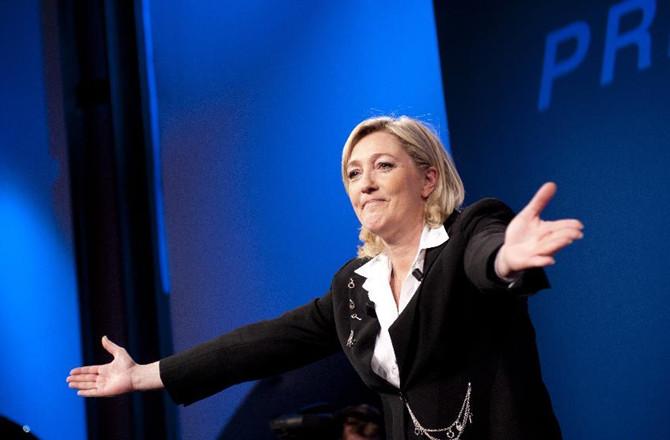 """沈孝泉:玛丽娜•勒庞 -""""法国最危险的女人""""真的是""""洪水猛兽""""吗?"""