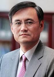 从经济学家到教育学家的华丽转身 - 记清华大学经济管理学院院长钱颖一