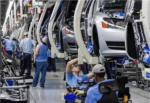 劳动力成本奇高的德国和瑞士如何能留住制造业,为什么中国不能!
