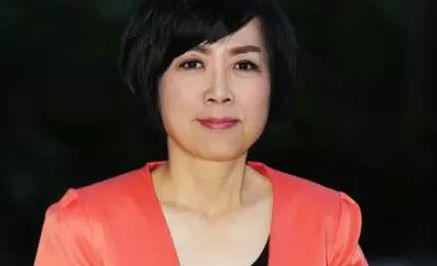 """台湾女主持人黄智贤发表""""檄文"""":《对美国副总统彭斯的回应》"""