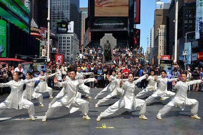 中国《太极》宣传片登陆纽约时代广场