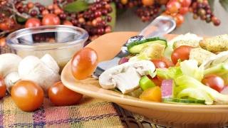 UCLA研究发现:癌症化疗后低脂饮食小鼠存活率是高脂饮食组的5倍
