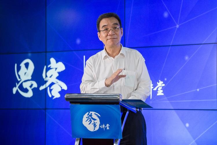 林毅夫:其他转型国家危机不断,为何中国能成功?