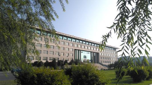 赤峰学院2019年招聘高层次人才