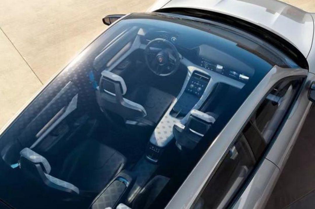 全球第一辆CUV电动跨界概念车: 600匹马力 无线充电 内置无人飞机