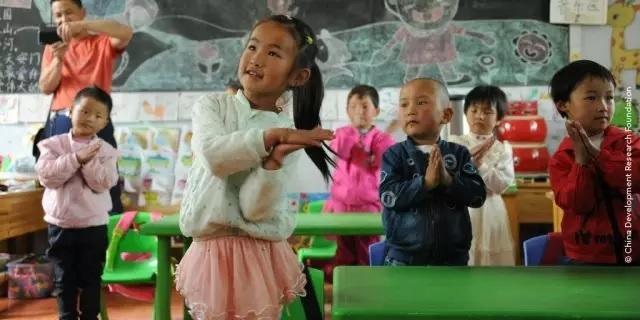 """中国《山村幼儿园计划》入围世界教育创新峰会""""教育项目奖""""名单"""