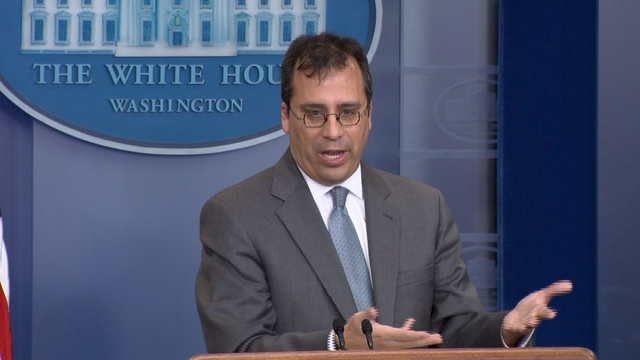 美国移民局长:取消H4签证 并大改H-1B抽签程序!