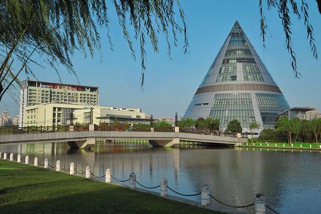 上海交通大学附属第一人民医院诚邀海内外优秀科研人才