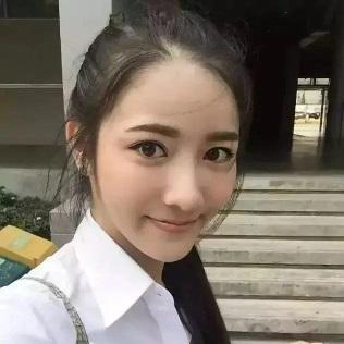 《2018年中国大学生就业趋势报告》