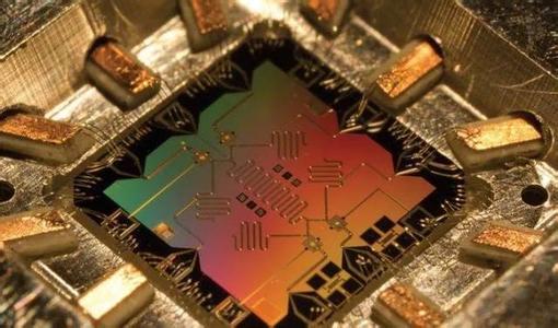 【DARPA加入争霸赛】用量子计算解决机器学习问题,发布四大挑战!