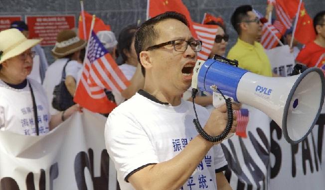 蔡英文跑十万八千里,仍跑不出《我爱你中国》的旋律