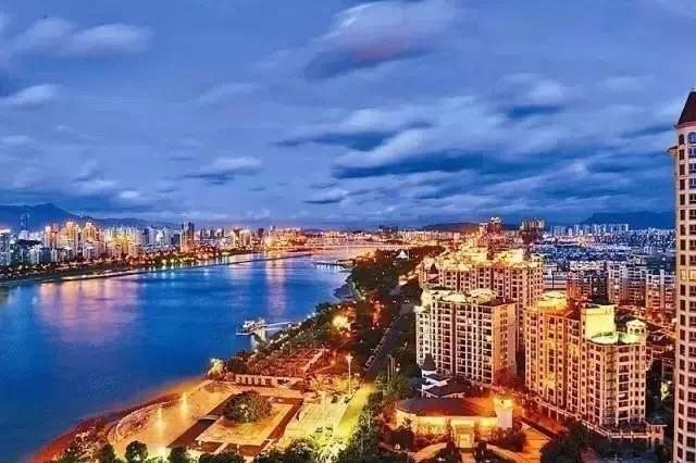 北京市5项出入境新政吸引外籍人才 & 广州出台新引才政策