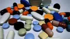 纽卡斯尔大学研究表明:服用维生素D 对70岁以上老人无益处