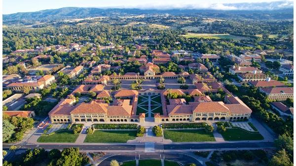 史坦福、加州理工、波莫纳等加州6校进入全美最�y入�W的前20名