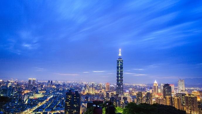 """""""太阳花""""让台湾沦为民主闹剧, 也失去大陆商机"""
