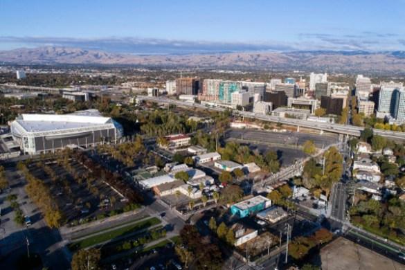 圣荷西(San Jose)将在硅谷近旁�_�l100�f平方英尺的市�^科技�@�^