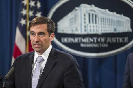 """美国助理司法部长约翰・德默斯称:已让高校注意""""中国间谍"""""""