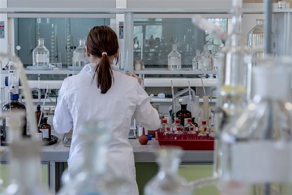 华盛顿大学医学院:口腔疱疹和生殖器疱疹病毒正在融合成超级病毒