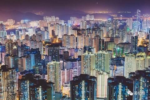 香港危机的经验、教训与收获
