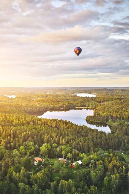 """瑞典的魅力自然:安静、温柔、简约、舒适的""""小木屋"""""""