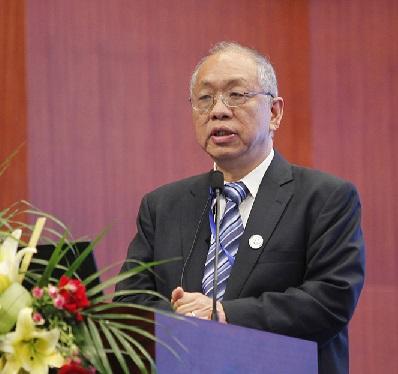 丘成桐谈中国数学研究现状:很多大学和地方政府在做表面工夫